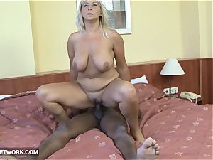 meaty mature really super-fucking-hot craving black fuckpole in her vag