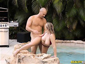 Bailey Brooke outdoor pool dick deep-throater