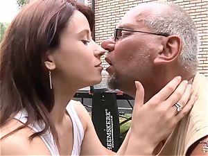 nubile banged by senior man in her raw muff w deep throat