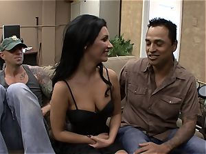 Darcy Tyler is jammed as her hubby films it