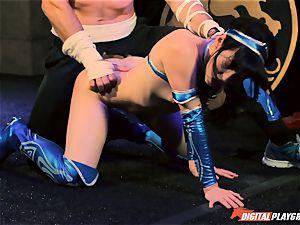 Aria Alexander completes her opponent Charles Dera