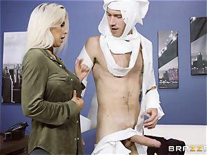 shaft lovinТ blondie Rachel Roxx getting screwed by Danny D