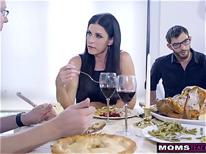 mom porks son And munches creampie For Thanksgiving treat