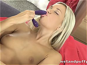 Dido angel molten in milky pantyhose