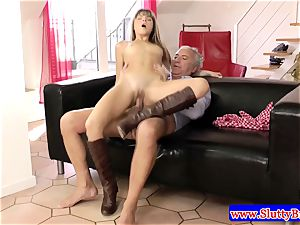dark haired unexperienced small babe screwed