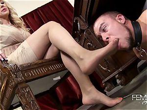 mischievous hefty bosses Headmistress Brandi love dominates her worker in the office