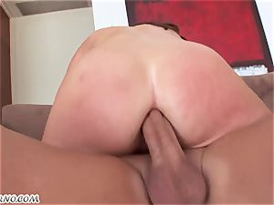 bootylicious ultra-cutie came home to her fresh manager for a pay lift