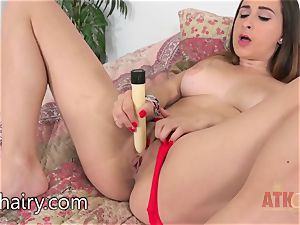 Ashley Adams likes to plaything with her slit