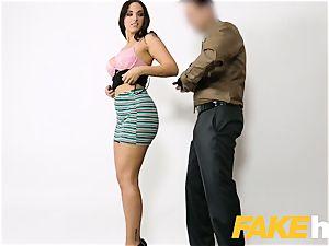 fake Agent jizm lovinТ inked Spanish babe