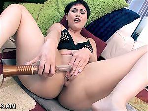 Audrey Noir grimacing with sweet ejaculations