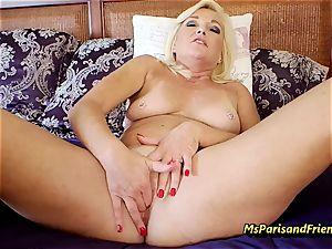 Ms Paris Rose