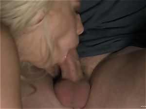 super-hot Britney Amber slobbers all over this man sausage