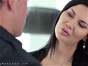 NuruMassage brit mummy Jasmine Jae entices Cop