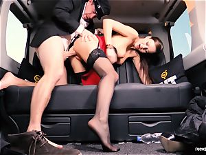 pulverized IN TRAFFIC - british Tina Kay banged in the car