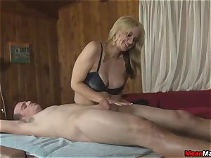 client Shocks To witness The cool towheaded massagist
