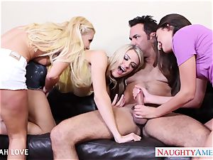 magnificent Aaliyah enjoy drilling in 4some