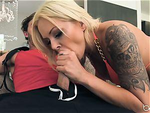 NIna Elle ass-fuck penetrated nut deep