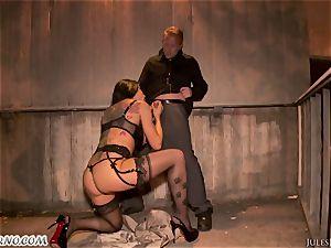 Romi Rain - extraordinaire molten amateur pornography in the street