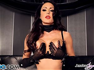 Jessica Jaymes toying with her fabulous muff pie