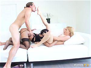 sizzling hooker Anya Ivy joins stepmom Krissy Lynn for some fun