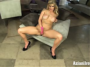 light-haired sweetheart fake penises her moist pussy and jizzes hard