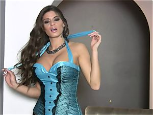 Madelyn Marie flaunts her lingerie so her friends get super-fucking-hot and crazy