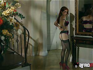casting ALLA ITALIANA red-haired boned by a dark-hued knob