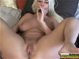 scorching and sizzling mom mastrubate so supreme