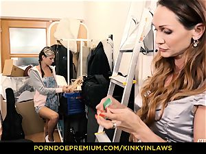 super-naughty INLAWS - Gina Gerson pounded by mummy with vibrator